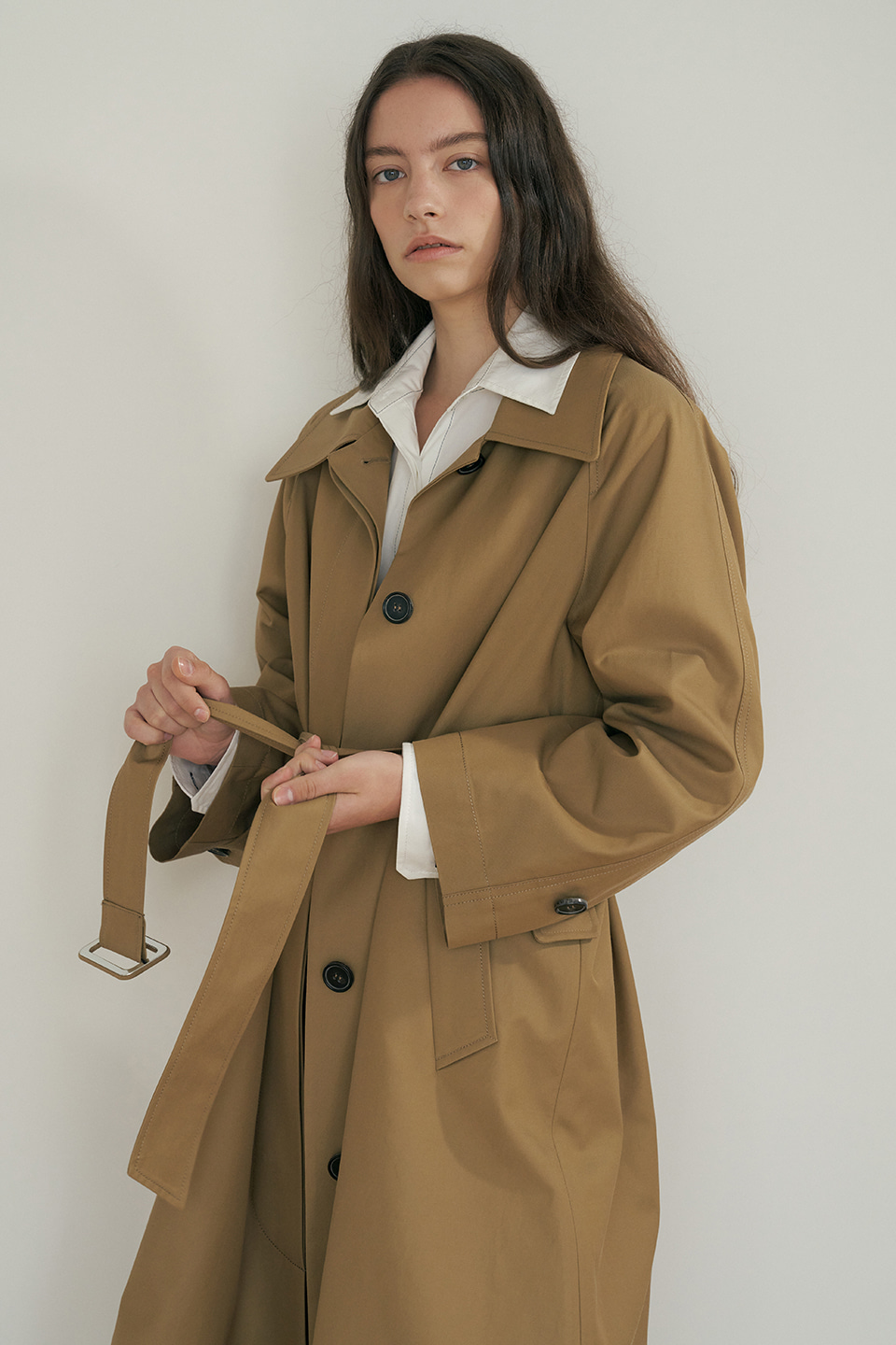 mac trench coat (beige)