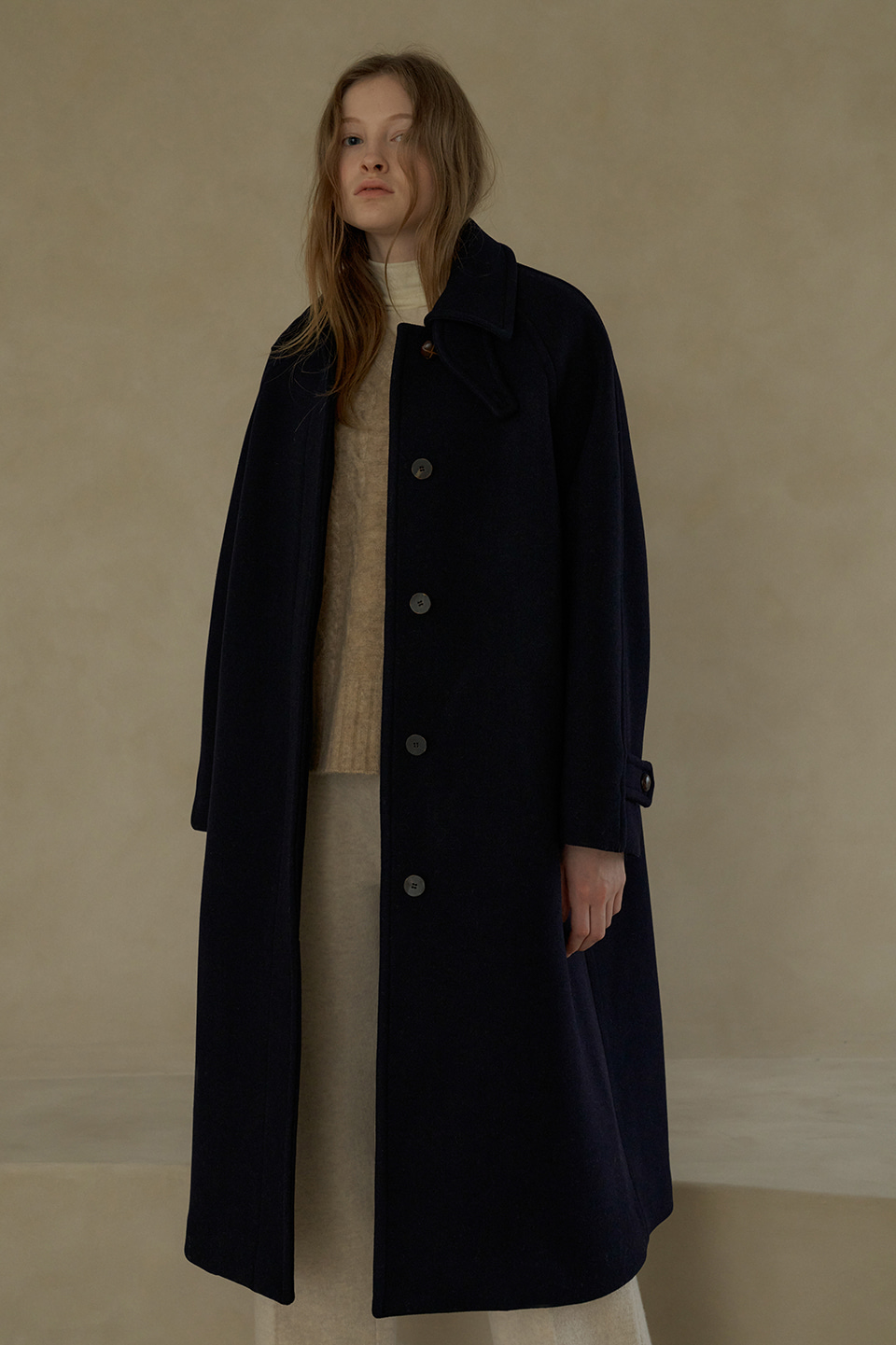 wool balmacaan coat (navy)